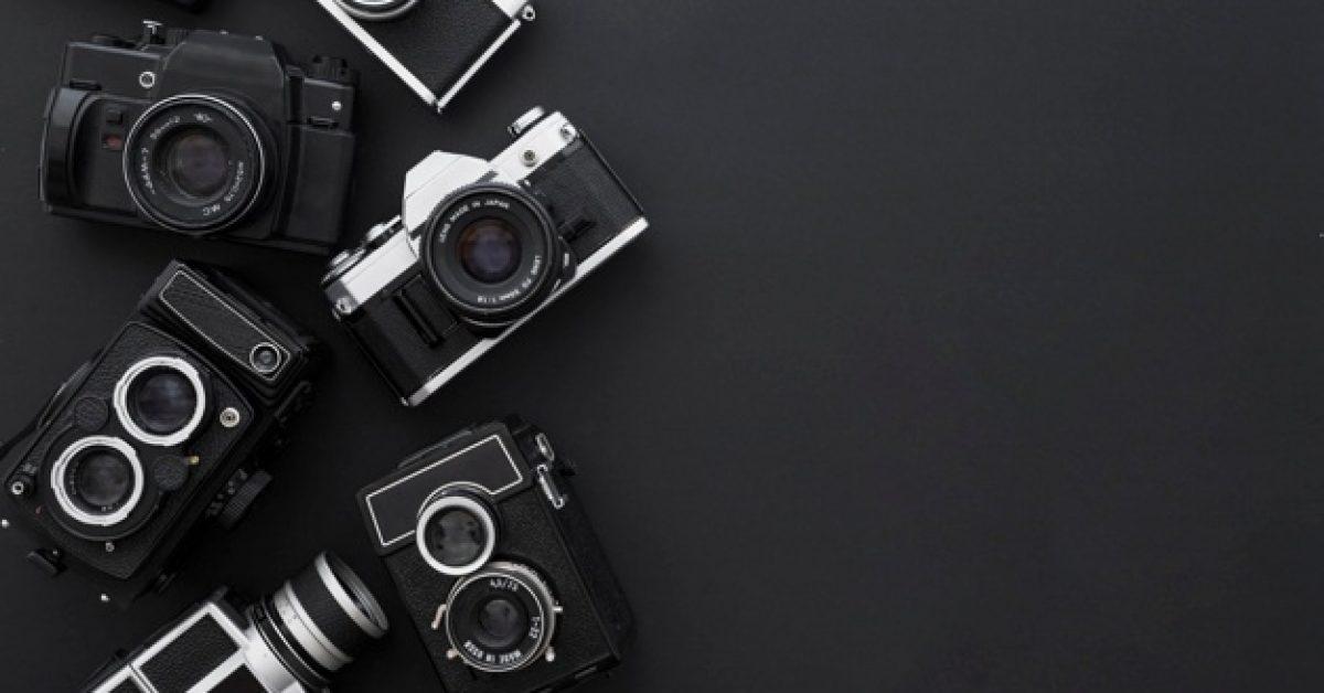 cameras-black-background_23-2147852501